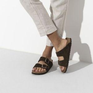 NWOT Birkenstock Arizona Soft Footbed